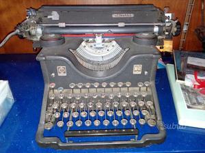 Olivetti m40 macchina da scrivere