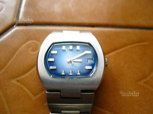 Orologio carica manuale Swiss Made pari al nuovo