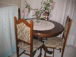 Tavolo tondo antico 4 sedie thonet vero legno posot class for Tavolo tondo legno