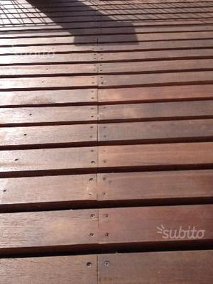 Pavimentazione in legno per esterni già trattato