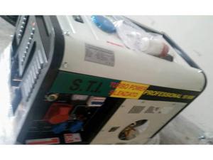 Generatore gruppo elettrogeno diesel siracusa posot class for Generatore di corrente 10 kw