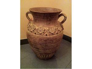 Vaso in terracotta decorato