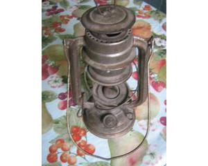 Antica lanterna a ptrolio made in g.d.r. (germania)