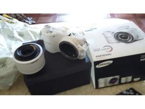 Camera video Samsung Smart nx professionale bianca
