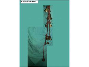 COD. OT-006, Corda con miniature di vari campanellini in