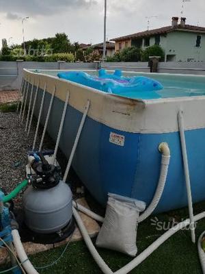 Piscina fuoriterra laghetto posot class for Riparare piscina