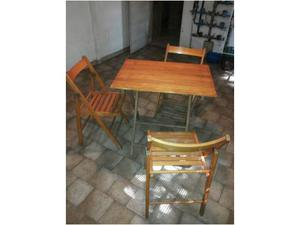 Sedie e tavolo giardino