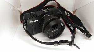 Canon EOS M con 22mm. + 2 batterie + adattatore