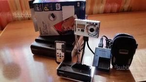 Fotocamera digitale con stampante