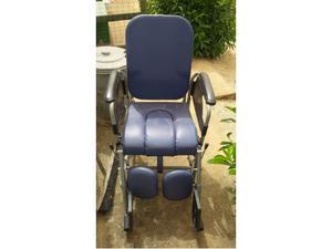 Sedia wc per anziani disabili posot class for Sedia a rotelle per gatti