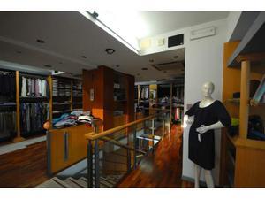 Arredamento negozio moduli componibili posot class for Arredamento per parrucchieri usato