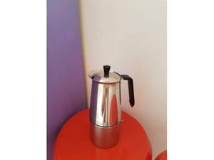 Caffettiera in acciaio 4 tazze.