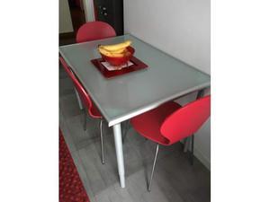 Tavolo da disegno ikea vika blecket posot class for Porta pranzo ikea