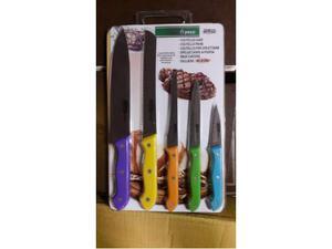 Set di coltelli per la carne nuovi confezionati con tagliere