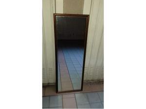 Specchio da muro con cornice in legno