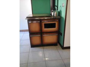 Stufa cucina a legna