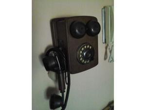Telefono da parete in legno