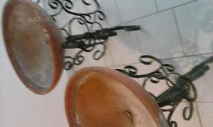 2 portavasi in ferro battuto
