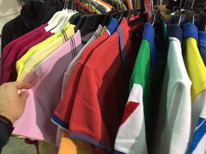 Cerco: Cerco stock di abbigliamento firmato