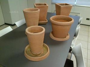 Set vasi da esterno con relativo sottovaso