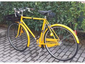 Bicicletta da uomo gialla
