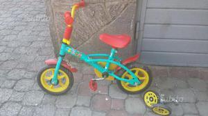 Bicicletta per bambino/a completa di rotelle