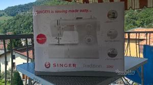 Macchina per cucire SINGER TRADITION