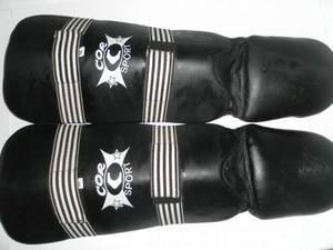 Parastinchi + parapiedi per arti marziali