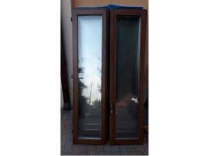 Finestre vetrocamera in legno douglas mis 105x160 posot for Porte finestre usate