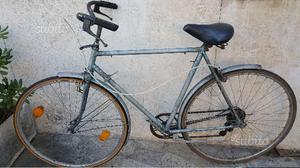 2 bici da uomo e da corsa