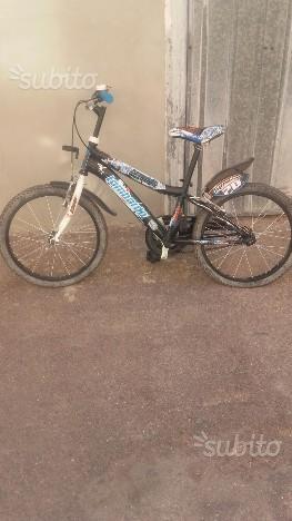 Bici da uomo e una bici da ragazzo