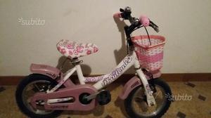 Bicicletta da bambina con ruote del 12 usata