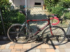 Bicicletta da corsa de rosa avant