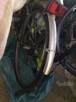 Bicicletta uomo e donna