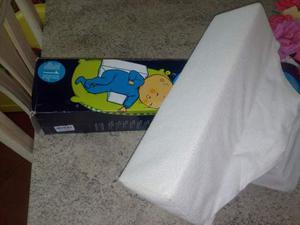 Cuscino nanna sicura su un fianco Prenatal