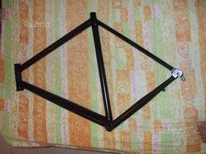 Telaio bici da corsa in alluminio leggero