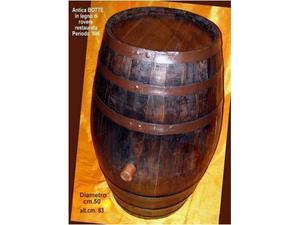 Botte in legno di rovere restaurata