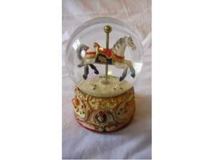 NUOVO carillon a sfera con cavallo
