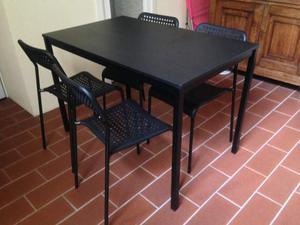 Nuovo tavolo nero + 4 sedie
