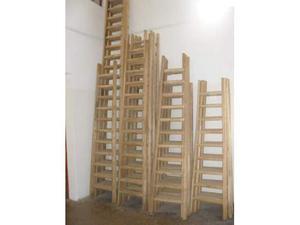 Scale a pioli in legno di castagno
