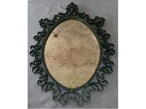 Specchio in ferro battuto