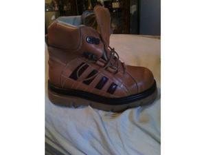 2paia scarpe bulldozer nuove | Posot Class