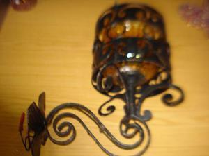 Applique in ferro battuto con vetro soffiato giallo