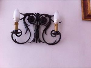 Lampadario a 2 luci da parete in metallo