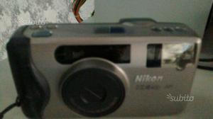 Macchine fotografiche tipo vecchio funzionanti