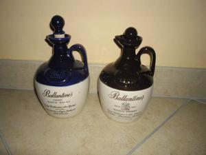 2 bottiglie d'epoca in ceramica whisky Ballantines'