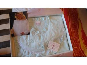 Camicia da notte in lino color pistacchio