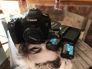 Macchina fotografica canon eos 5D Mark III