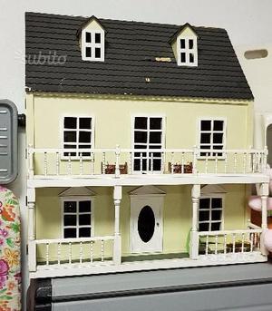 La casa delle bambole stile vittoriano posot class for Piano casa delle bambole vittoriana