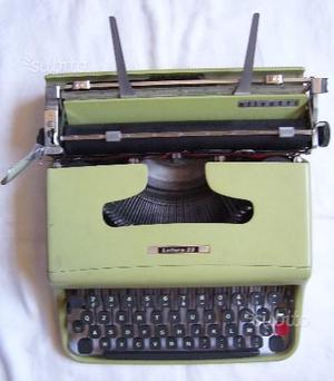 Macchina da Scrivere marca Olivetti lettera 22